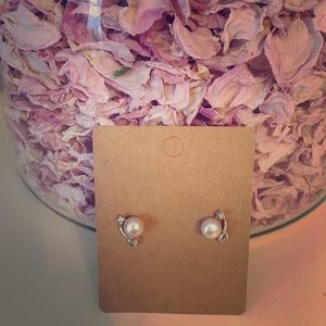 Pink Cultured Pearl and Silver Earrings